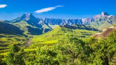 The Great Escarpment Of Southern Africa South Africa Holidays, Le Cap, Air Balloon Rides, All Nature, Belleza Natural, Mountain Range, Africa Travel, World Heritage Sites, New Wave