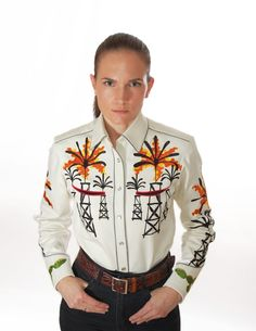 Handmade Western Shirt with Chain Stitch Embroidery. Available for Men and Women in all sizes. Mother-of-pearl snap buttons, shotgun cuffs, piped pockets, relaxed fit. Chain Stitch Embroidery, Embroidery Stitches, Western Shirts, Western Wear, Westerns, Christmas Sweaters, Black And White, Rodeo, San Antonio