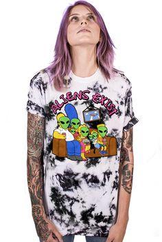 Aliens Exist T-Shirt (Tie-Dye)