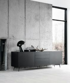 An interior design service tailored to you. BoConcept is a Danish furniture store that turns houses into modern homes. Browse our designer furniture. Interior Desing, Interior Design Inspiration, Interior Styling, Interior Architecture, Luxury Interior, Monochrome Interior, Interior Modern, Boconcept, Concrete Interiors