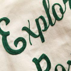 the vintage showroom chainstitch Chain Stitch Embroidery, Embroidery Applique, Embroidery Stitches, Machine Embroidery, Embroidery Designs, Indian Embroidery, Textiles Techniques, Embroidery Techniques, Hang Ten
