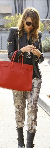 Who made  Jessica Alba's red tote handbag, print pants, studded tee, jewelry, and black ankle boots?