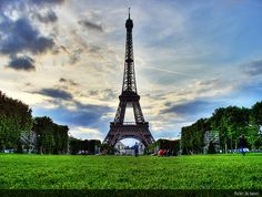 Top 10 Tourist Attractions in France   http://destinationspoint.net/europe/top-10-tourist-attractions-in-france/