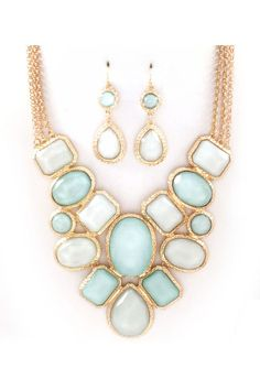 Statement necklace and earrings!