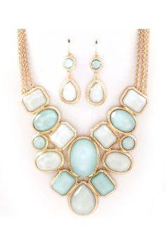Lani Necklace Set in Aspen Blue