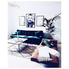 """67 Likes, 2 Comments - Amanda Kendell (@amandakendell) on Instagram: """"Living room goals 🙌 #akloves #interiorinspo #velvet #katemoss #amandakendell"""""""