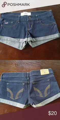 Jean shorts New condition Size 3 Hollister Shorts Jean Shorts