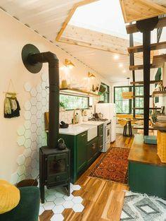 Diy Interior, Interior Styling, Interior Architecture, Interior Design, Cozy Living, Small Living, Cabin Design, House Design, Space Saving Bedroom