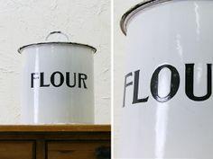 Enamel England イギリス英国アンティークホーローフラワー缶FLOUR7231 インテリア 雑貨 家具 Antique ¥8000yen 〆06月17日