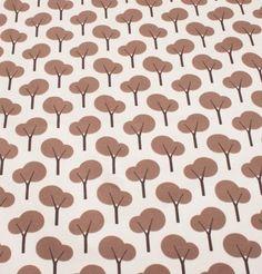lysebrun jersey med brune træer