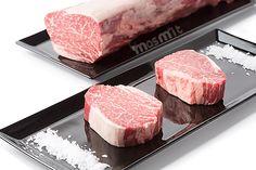 Solomillo de Buey Wagyu Kobe 6+, uno de los mejores bocados de carne que podrás probar, una experiencia única. http://masmit.com/ Tu Carnicería online de calidad y confianza. Envíos a toda la Península. #Kobe #buey #Wagyu #solomillo