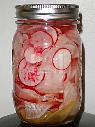 Otsuji Tsukemono-pickled daikon and radishes