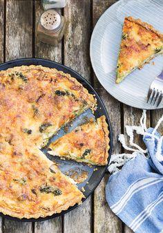 Tarta brokułowa z pieczarkami i szwedzkim serem västerbotten...przepis na tartę wytrawną z brokułami...spód do tarty brokułowej z sezamem i mąką grahamką