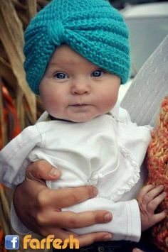 Crochet Baby Turban, Crochet baby Hat, Crochet baby photo prop by SMartPotter on Etsy Crochet Turban, Crochet Baby Hats, Crochet For Kids, Knit Crochet, Booties Crochet, Crochet Round, Crochet Shawl, Baby Turban, Turban Hat