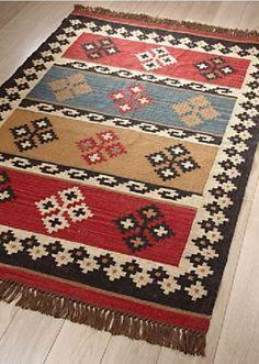 Jute, Crochet Carpet, Boho Home, Loom Weaving, Red Rugs, Weaving Techniques, Kilims, Rug Hooking, Textile Patterns