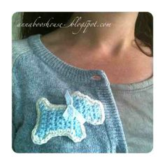 Annaboos house: Crochet your very own Scottie Dog Brooch FREE pattern