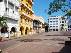 Cartagena de Indias, Colombia. Street View, Culture, Mansions, House Styles, World, Travel, Cartagena, Scenery, Places