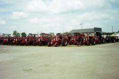Unprecedented number of International Harvester 1468/1568s in Penfield