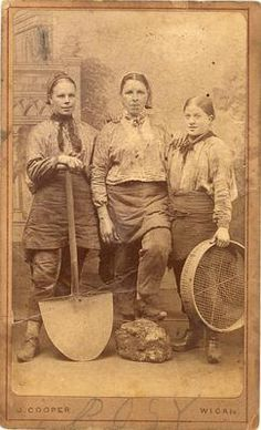 """RARE Female Miners CDV C 1870 