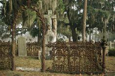 Catholic Cemetery - Savannah, GA.  photo by Dick Bjornseth