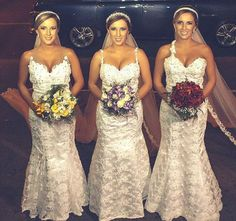 Brazilian triplets Rafaela, Rochele, and Tagiane Bini Marry on the Same Day, in the Same Ceremony, in the Same Dress Double Wedding, Dream Wedding, Wedding Day, Wedding Anniversary, Wedding Things, Wedding Ceremony, Got Married, Getting Married, Married Woman