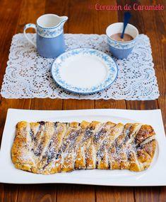 Trenza de hojaldre rellena de plátano y chocolate