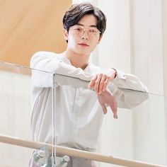 Handsome Asian Men, Playful Kiss, Private Life, Korean Artist, Suit And Tie, Korean Actors, Korean Drama, Memes, Kdrama