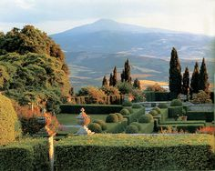 Best villas and gardens in Italy http://www.homeinitaly.com #Luxury #villas in #Italy for #rent