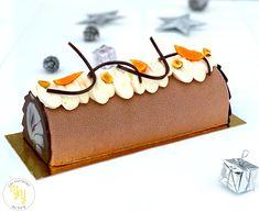 La bûche Noisette Mandarine est composée: - d'une onctueuse ganache montée à la noisette - d'un biscuit viennois cacao - d'une ganache chocolat lait mandarine - d'une compotée de mandarines - d'un croustillant noisettes Des saveurs d'hivers qui se marient à la perfection et qui donne une bûche avec un parfum exceptionnel. Le Boudin, Thing 1, Blog, Fruit, Cake, Desserts, Week End, Kitchen, Cocoa Butter