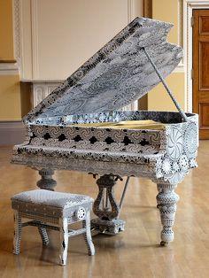 Crocheted piano by Joana Vasconcelos