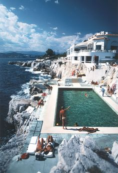 bestfashionbloggers:  Native Fox / Slim Aarons http://ift.tt/1MmUa4i // see more at bestfashionbloggers.com