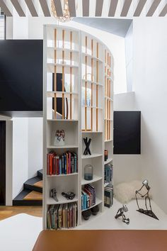 Space-Saving New Ideas Combine Storage with the Staircase Spiral Staircase Combine Ideas SpaceSaving staircase Storage
