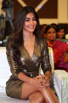 News, gossips, intro, info of Bollywood and South Indian cinema. It is all about hot and sexy actresses, celebrities and models Indian Actress Photos, Indian Bollywood Actress, Bollywood Actress Hot Photos, Beautiful Bollywood Actress, Indian Film Actress, Most Beautiful Indian Actress, Beautiful Actresses, Indian Actresses, Bollywood Girls