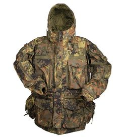 Teesar Smock Generation II in Flecktarn camo is available now at Military the UK based online shop. We offer a broad range of camouflage jackets and warm fleeces, and shipping across Europe. Tactical Wear, Tactical Shirt, Tactical Clothing, Camouflage Patterns, Camouflage Jacket, Camo Gear, Mens Work Pants, Combat Shirt, Battle Jacket