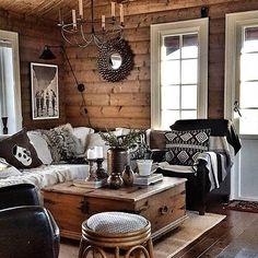 Paredes y pisos, Log Home Interiors, Cottage Interiors, Cabin Homes, Log Homes, Rustic Cabin Decor, Rustic Chic, Log Home Decorating, Cabins And Cottages, Cozy House