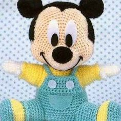 We continue our Amigurumi recipes without slowing down. You Will not Find Anywhere Organic Toy Amigurumi Baby Mickey Mouse For You Amigurumi lovers are on… Baby Mickey Mouse, Crochet Mickey Mouse, Crochet Baby Toys, Crochet Amigurumi Free Patterns, Crochet Dolls, Free Crochet, Crocheted Toys, Kids Crochet, Newborn Crochet