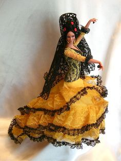 "Vintage Marin Chiclana Spanish Flamenco Dancer Collectors Doll 13"" Castanets"
