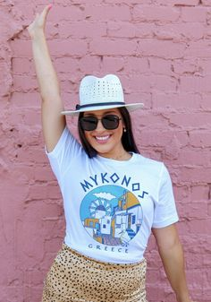 Mykonos is calling and I must go! Inspired by Greek souvenir tees and Petros the Pelican. Vintage Outfits, Vintage Fashion, Vintage Style, Witchy Outfit, Island Shirts, Vintage Tees, Mykonos, Graphic Tees, Just For You