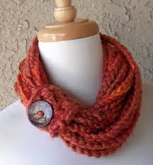 Crochet Scarf Patterns button infinity Scarf - I inherited a good amount of yarn that had been knitted with one of those cute mushroom knitting looms – you know, like this? My sister and I got these for Christmas when I was maybe ten or t… Knit Or Crochet, Crochet Scarves, Crochet Hats, Crocheted Scarf, Yarn Projects, Knitting Projects, Crochet Projects, Loom Scarf, Loom Knitting