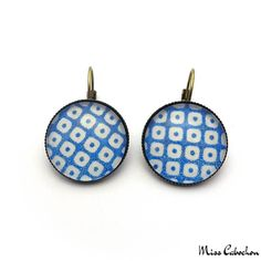 Blue and white checkerboard earrings - The #jewelry of the day! More info at misscabochon.com