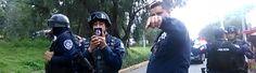 Estudiantes mexicanos acusan a la policía de dispararles afuera de su escuela