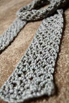 Free Crochet Scarf Pattern | CROCHETED PATTERN SCARF - Online Crochet Patterns