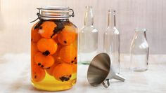 - Klementin Likør - a mandarin-coffee liquer Beverages, Drinks, All Things Christmas, Food To Make, Brewing, Smoothies, Food And Drink, Stuffed Peppers, Vegetables