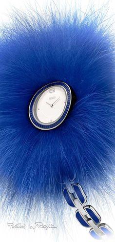 Regilla ⚜ Una Fiorentina in California Blue And Silver, Blue And White, Dark Blue, Bleu Cobalt, Azul Real, Color Azul, Colour, Blue Fashion, Color Fashion