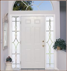 Love the classic simplicity of our Allure design for your sidelights.