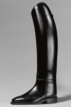 Pure elegance...    Cavallo Piaffe dressage boot