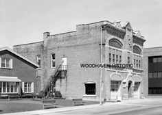 Old fire station, Menasha, WI   #usa #Wisconsin-Now this I do remember! Now stands the bank & pizza place