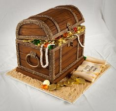 Treasure Chest - side by Rouvelee's Creations, via Flickr