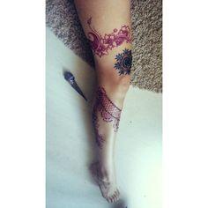 🌸#pinkhenna #bluehenna #hennatattoo #mehandi Henna Tattoos, Watercolor Tattoo, Instagram Posts, Pink, Hennas, Pink Hair, Temp Tattoo, Roses, Henna Shoulder Tattoos