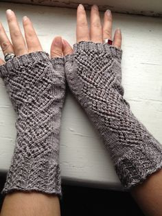 Crochet Patterns Gloves Ravelry: Swan Maiden Mitts pattern by Holly Terrell free pattern …. Crochet Gloves Pattern, Crochet Mittens, Knitting Socks, Knitting Stitches, Hand Knitting, Knitting Patterns, Knit Crochet, Fingerless Gloves Knitted, Knitted Hats